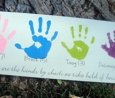 diy hand print board