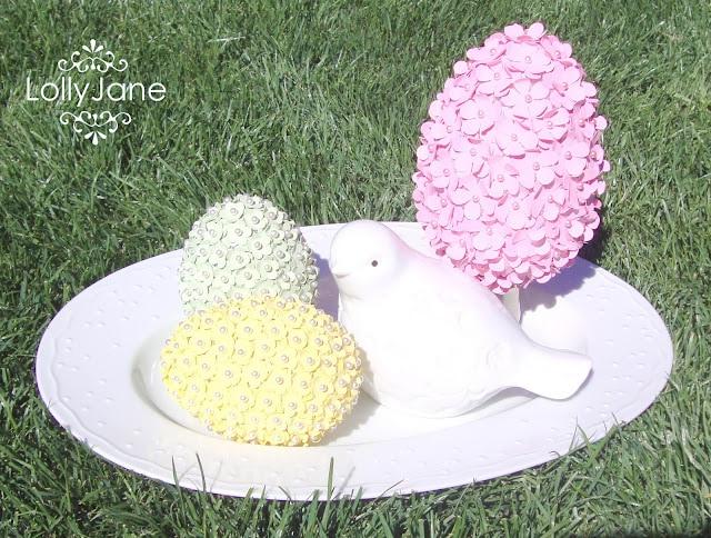 Kissing eggs