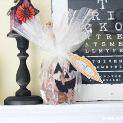 Jack-o-Lantern doughnuts |neighbor gift