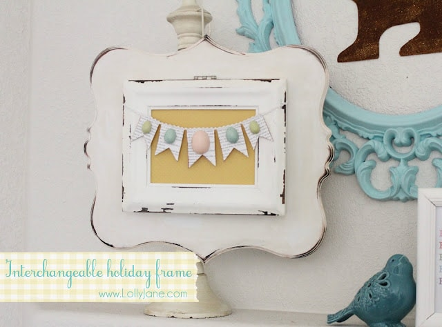 DIY Interchangeable Holiday Frame by Lolly Jane