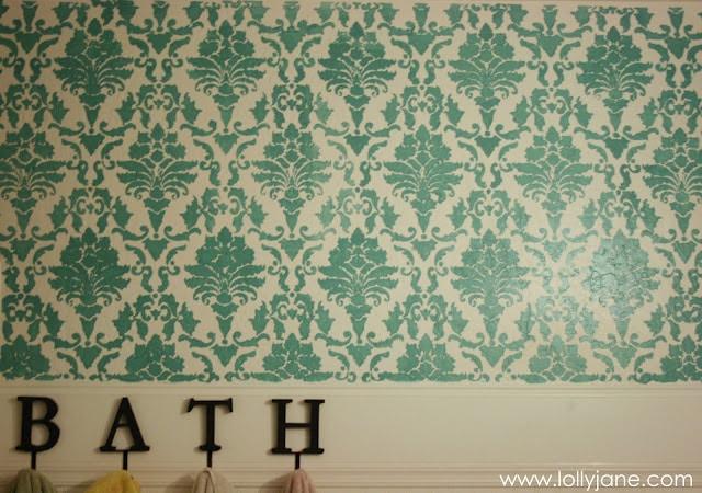 Stenciled bathroom walls: affordable bathroom refresh!