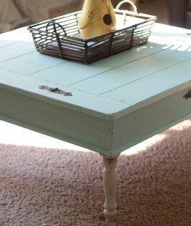 coffee table redo trash to treasure lollyjane