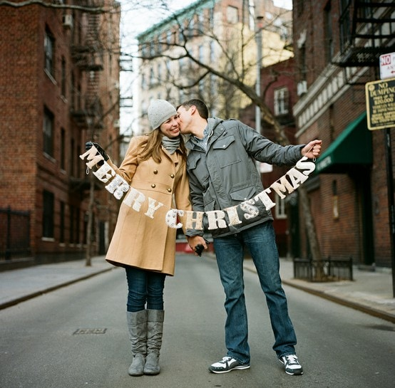 Darling couple Christmas card idea! Love this Merry Christmas banner for the perfect couple Christmas card photo! #christmascard #couplescard #couplephoto #merrychristmasbanner