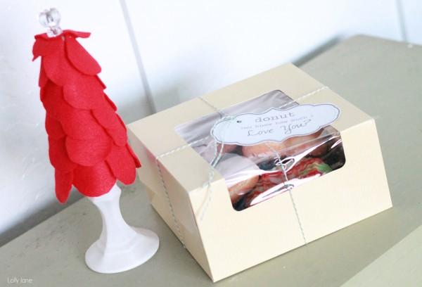 gift packaging ideas: shred scrapbook paper to use as filler