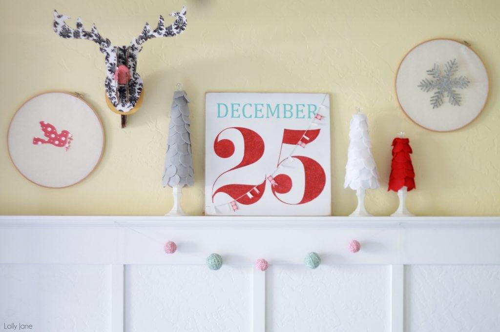 Embroidery Hoop Christmas Wall Decor
