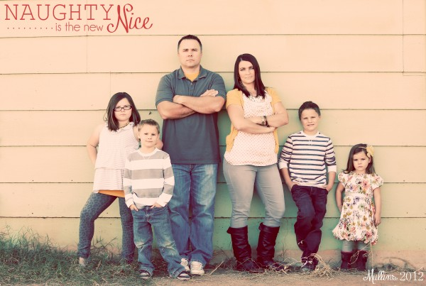 Naughty is the new nice family Christmas card idea. Get silly with family Christmas pictures for a fun Christmas card idea. #familyChristmaspicture #christmascardideas #familyposeideas #christmascardtheme