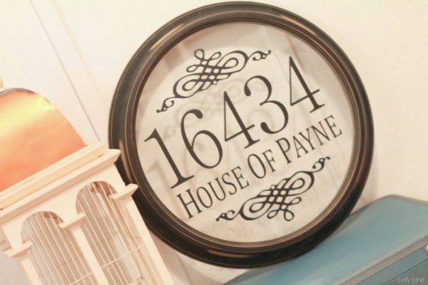 diy address sign via lollyjane.com #DIY #upcycle