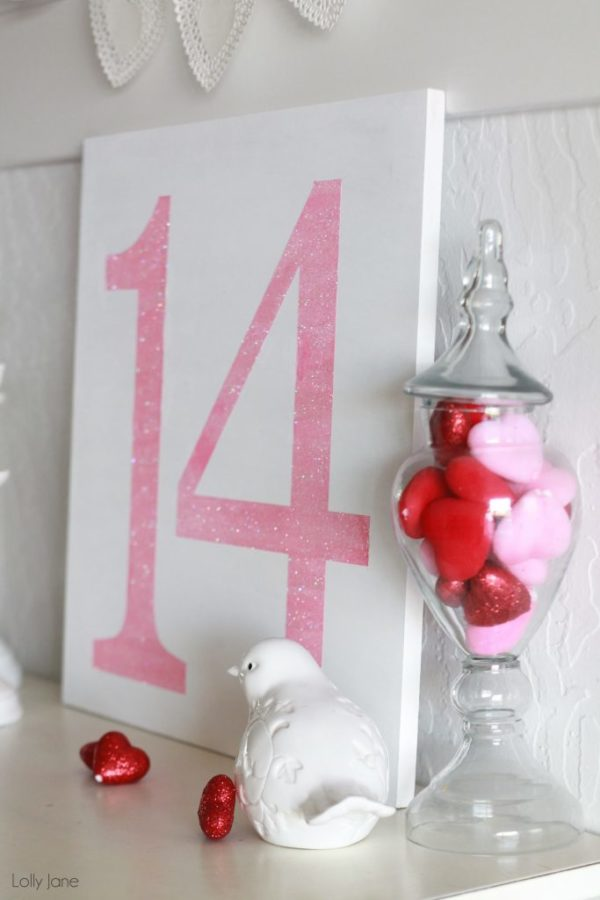 easy Valentines day glitter sign #valentines day #DIY