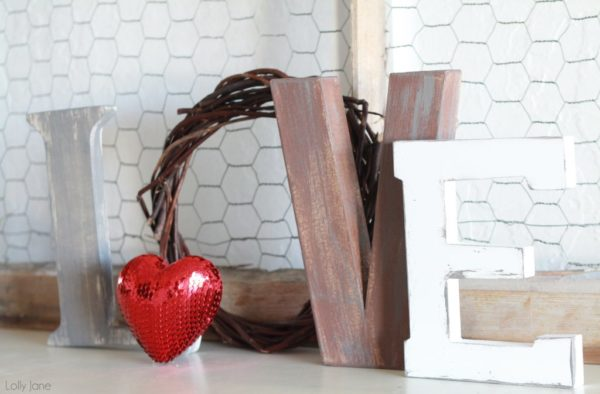 valentines day love letters mantel decor (7)