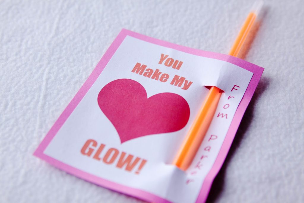 Heart Glow + 21 non candy Valentine ideas!