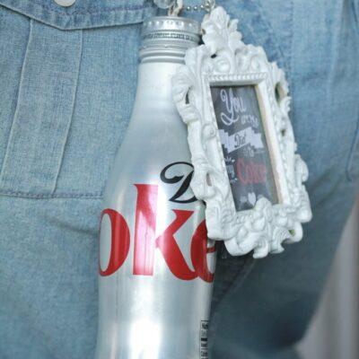 DIY Diet Coke drinkable necklace
