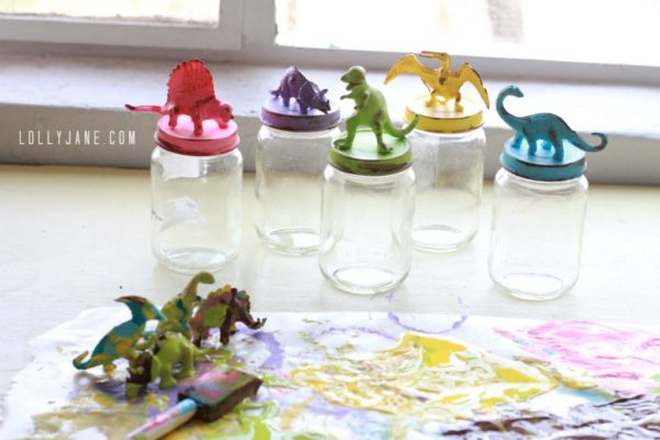DIY dinosaur jar lids for kids storage | www.lollyjane.com