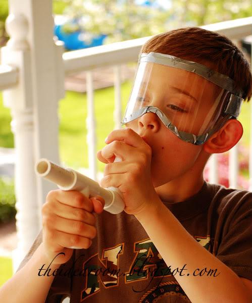 DIY mini marshmallow gun #summerboredombuster