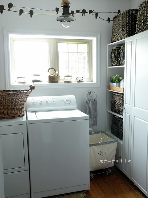 Mt-Tails laundry room