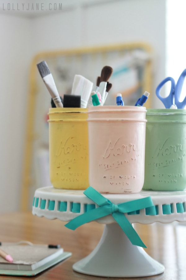 Distressed mason jars | Craft room organization