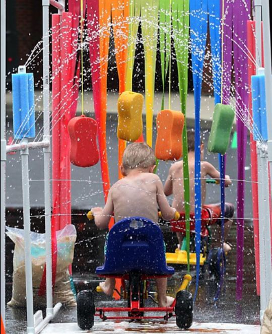 DIY kids car wash #summerboredombuster