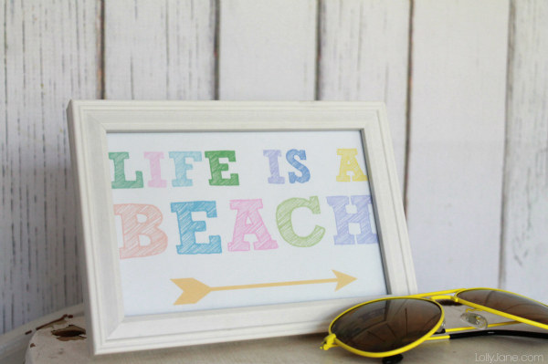 Life is a Beach wreath + bonus printable!