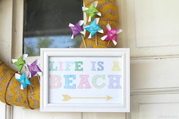 Life is a Beach wreath + bonus printable!