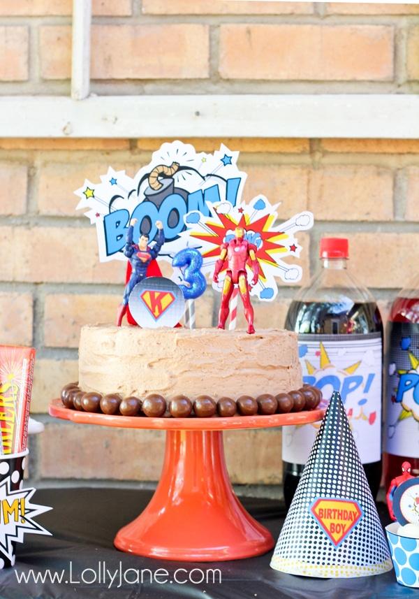Easy superhero party birthday cake