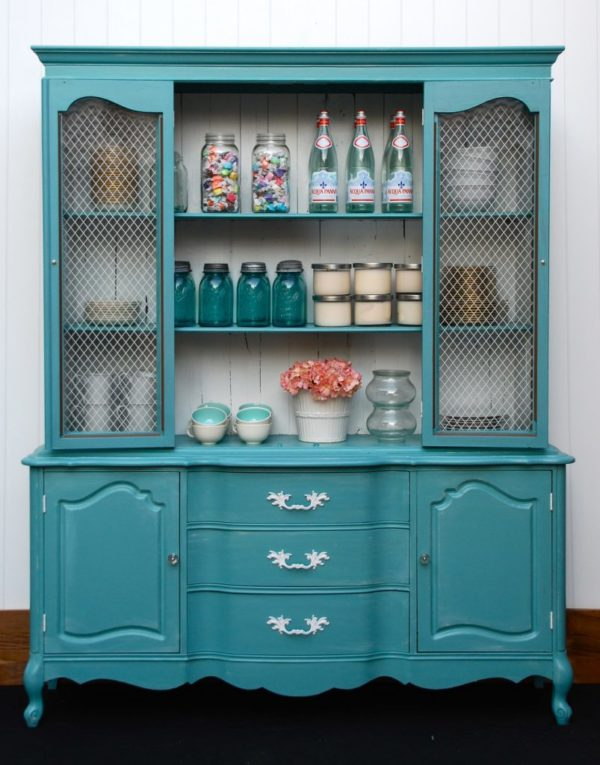 Turquoise Hutch via Little Yellow Barn