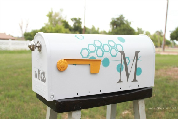 Mailbox makeover for Best mailbox design