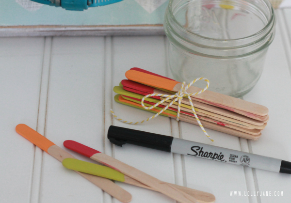 Summer boredom buster: write ideas on popsicle sticks to choose what to do for the day!