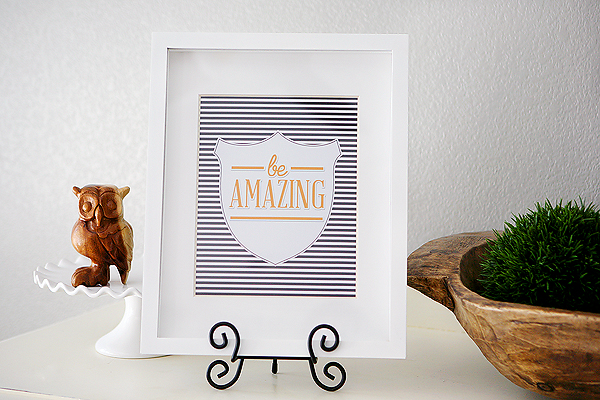 BE AMAZING striped crest printable