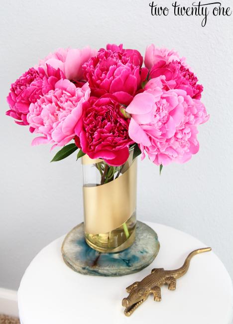 Gold striped vase