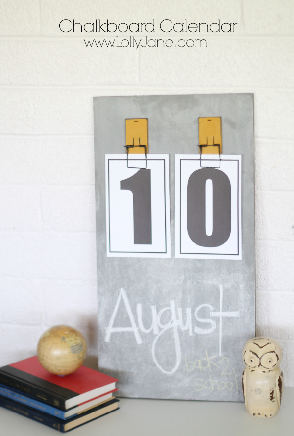 Chalkboard calendar tutorial!! Includes free printable numbers!!