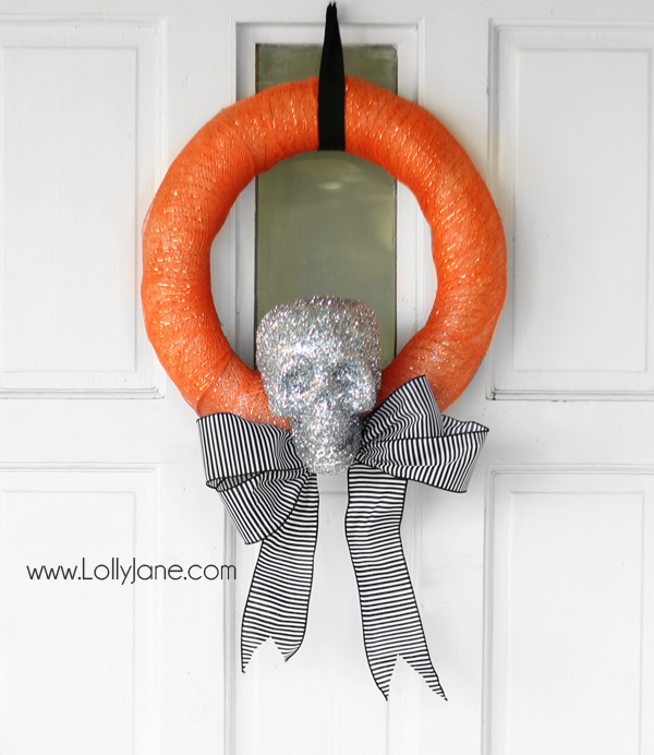 Cutest DIY Halloween skeleton wreath