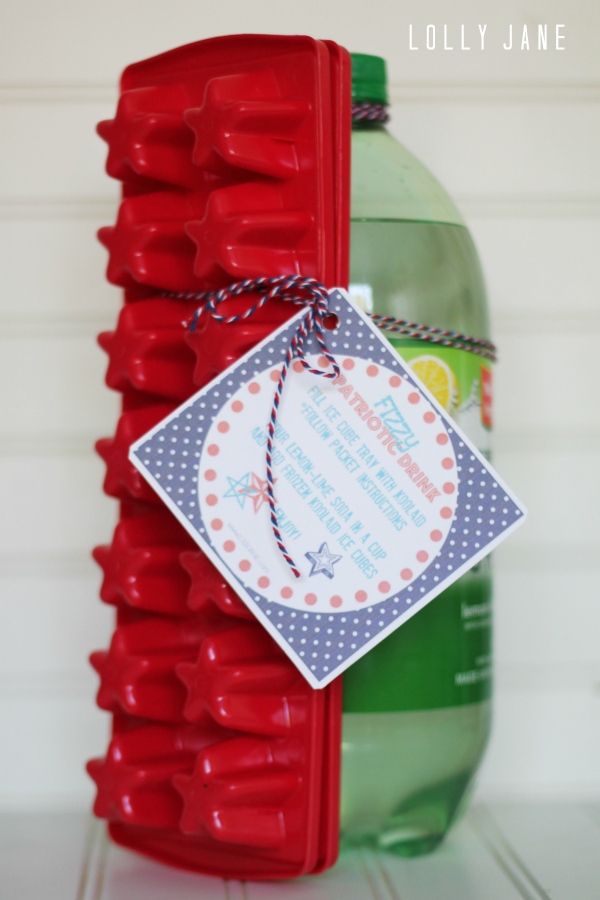 Cute free tag for a fizzy patriotic drink! Tie it to a lemon-lime soda, koolaid packet + star shaped ice cube tray. Perfect for a neighbor gift or fun for the kids!