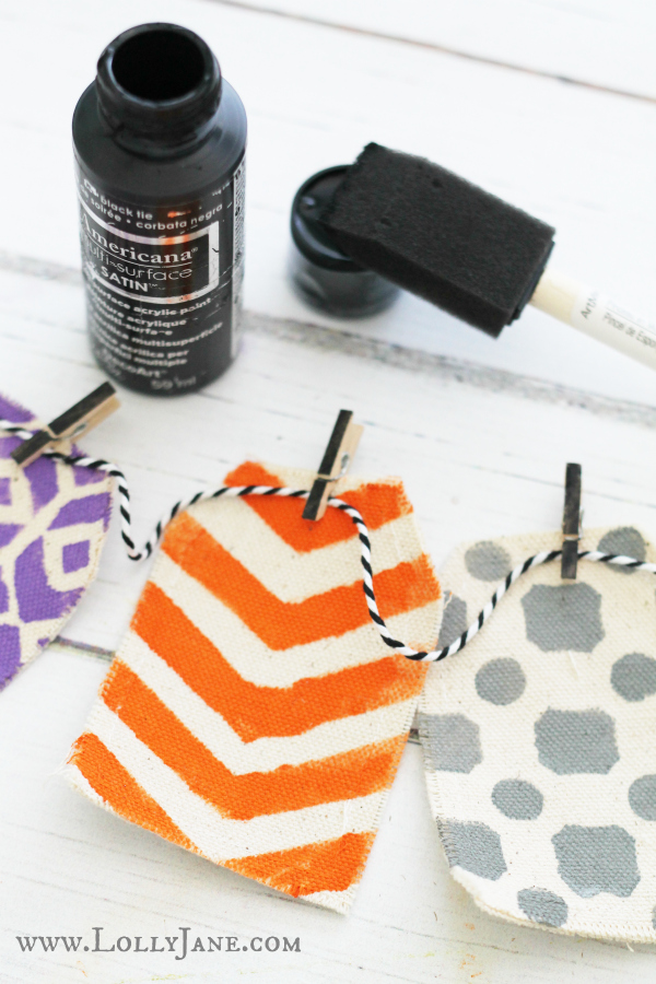 Paint clothespins black to hang a Halloween bunting!