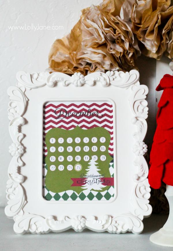FREE printable countdown to Christmas printable by LollyJane.com