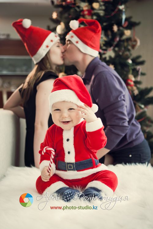 Adorable family Christmas picture ideas