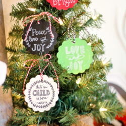 Faux chalkboard Christmas ornament tags