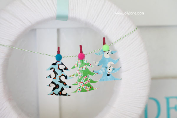 Cute DIY Christmas Tree Bunting (made from Duck Tape!)