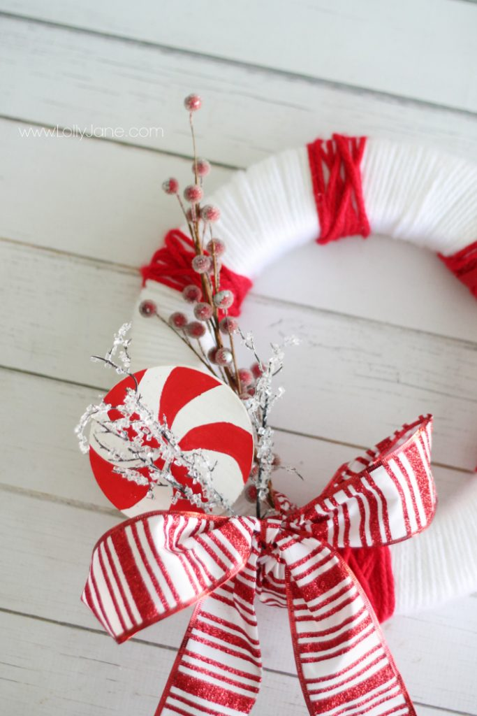 Striped Peppermint Christmas Wreath #christmas