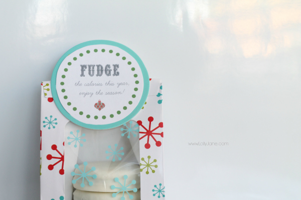Fudge the calories this season neighbor gift idea! via lollyjane.com