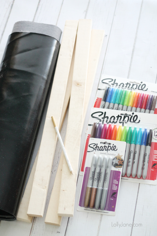 How to create faux chalk art using a SHARPIE!! Super cute!! www.lollyjane.com