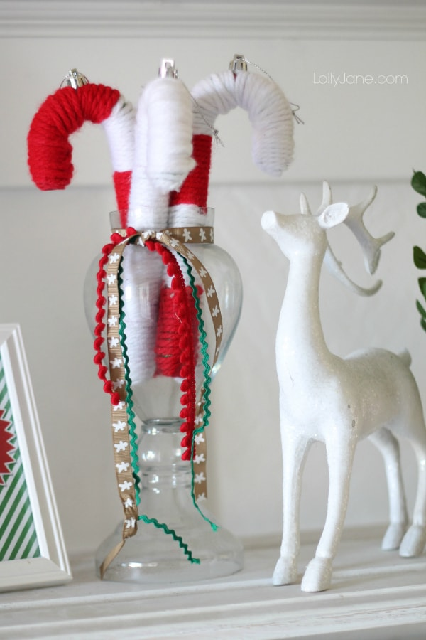 Cute yarn candy cane tutorial via lollyjane.com