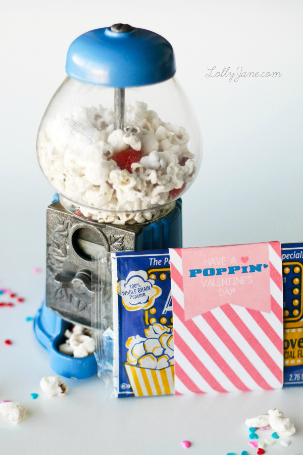 Super cute Valentine popcorn mix + free tags