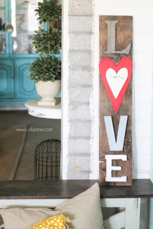 Super cute (and easy) rustic LOVE letters sign on barn wood