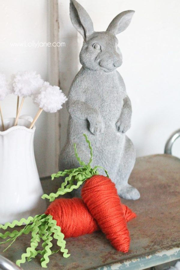 Stinkin' cute! Yarn wrapped carrots from foam cones. Perfect for spring or Easter :)