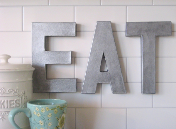 Anthropologie-inspired metal letters. Knock off that is 1/4 of the price tag. And cute!