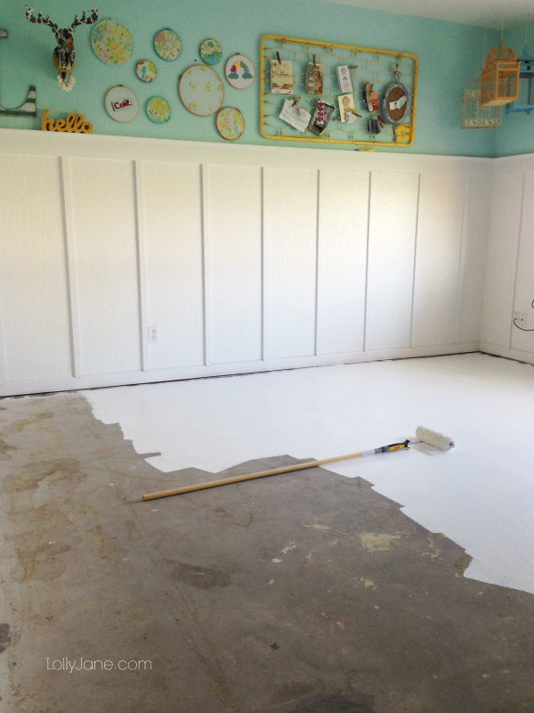 Tips on how to paint concrete flooring for Painting a concrete floor