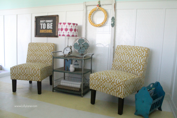 A pretty sitting area in a fun and colorful craft room!