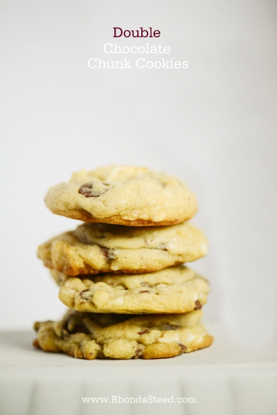 Yummy DOUBLE chocolate chunk cookies!! |via lollyjane.com