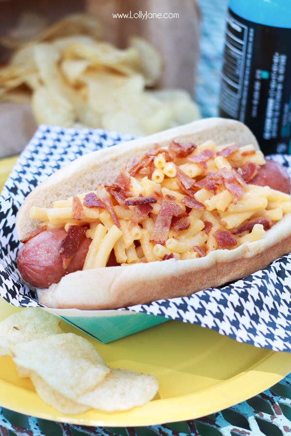 Bacon Mac 'N' Cheese Dogs | lollyjane.com