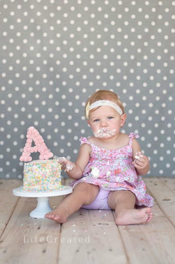 Cute and easy pom pom monogram cake topper idea!