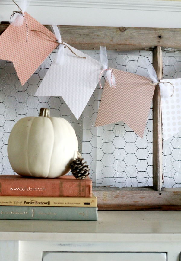 An easy fall paper bunting tutorial. A quick home decor idea or cheap gift idea!